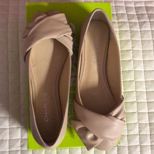 Charles Davis Darcy Knotted Beige Flats